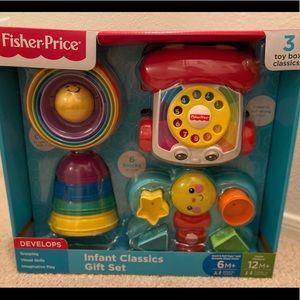 Brand New Fisher Price Infant Classics Set